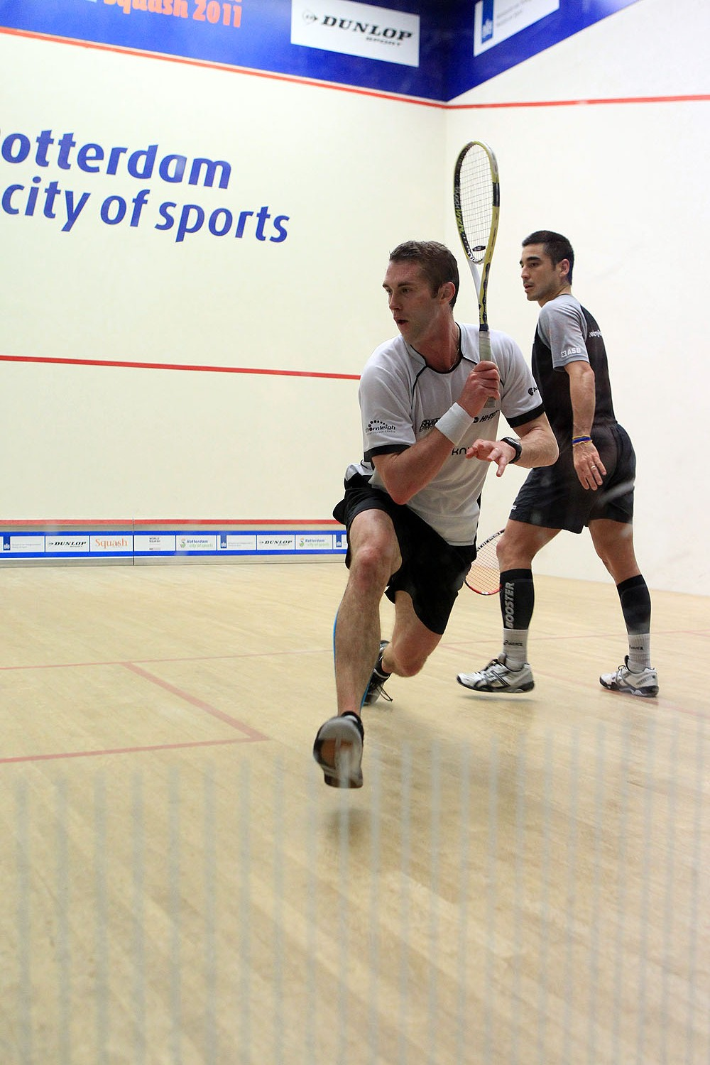 how to become a pro squash player